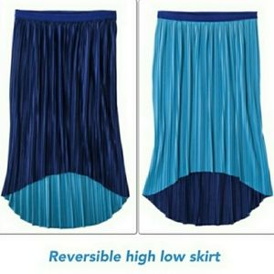 REVERSIBLE PLEATED HIGH LOW PLUS SIZE MIDI SKIRT